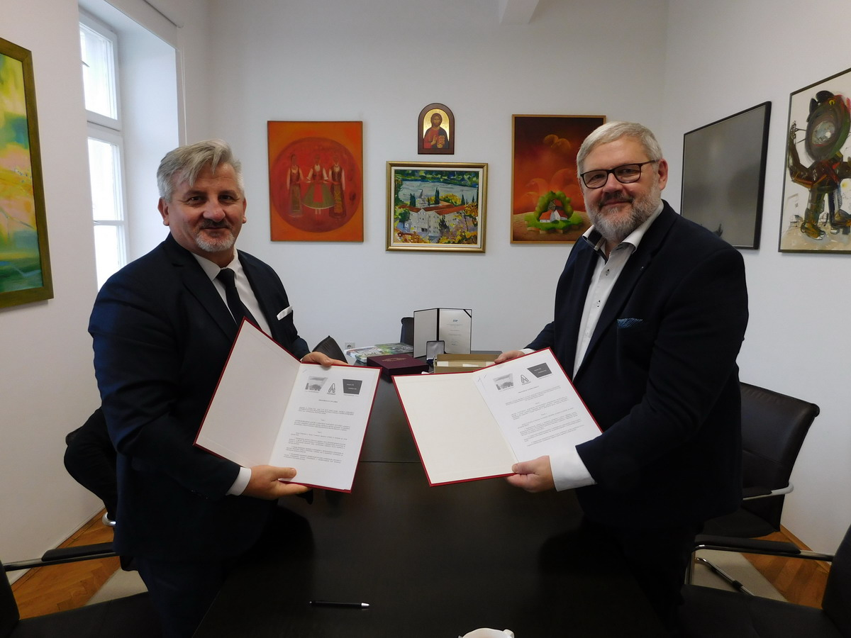 A Protocol of Cooperation was Signed Between the Museum of the Slovak National Uprising and the Archives of Vojvodina