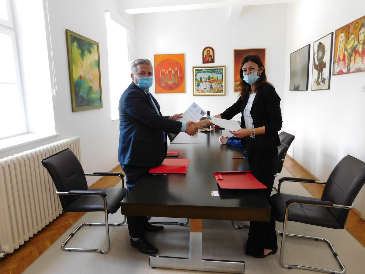 Signing of a Cooperation Protocol Between the Archives of Vojvodina and the Faculty of Science in Novi Sad